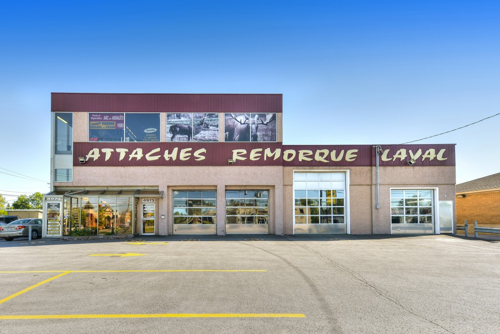 Attaches Remorque Laval